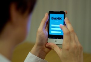 Mobile Banking 300x206 Are Mobile Payments Safe? Think Again!